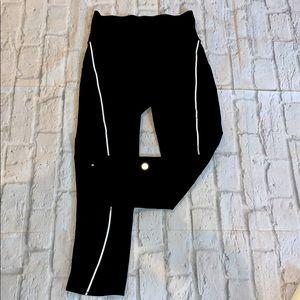 Lululemon black cropped leggings sz 4